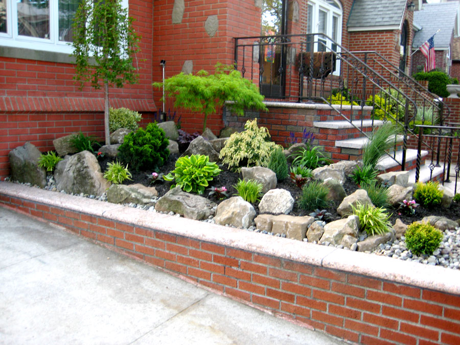Queens landscaper photos of landscapes in queens for Outside ideas landscaping